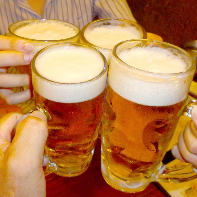 初めての飲み会幹事……会費、予約、席順はどうする?