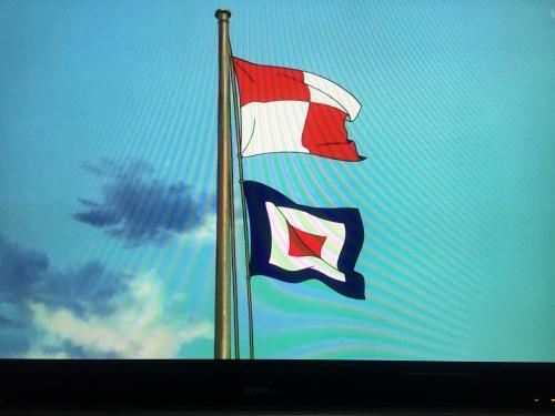 【映画・ジブリのコクリコ坂からのこの2種類の旗の意味を教え ...