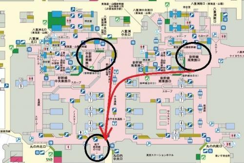 東京駅一階構内ATM2