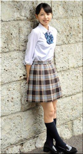 女子中学生や高校生は、制服はもう冬服ですか? それとも