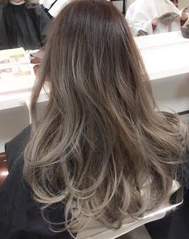 目立た ない が 髪型 白髪