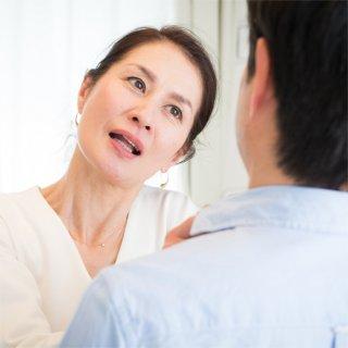 【妻からのDV】「稼ぎが少ない」「お父さんはダメな人」妻から夫へのDVが増加