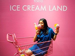 ピンクのショッピングカートを使ったこんな写真も撮れてしまう