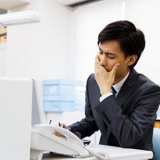 忙しく働く人を襲うおしりのトラブル!痔になりやすい生活習慣とは【PR】