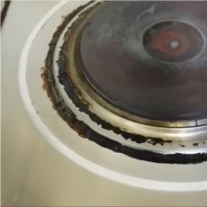 コンロ周りの頑固な油汚れ、劇的に落とすにはアルミホイル