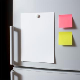 冷蔵庫にマグネットを貼っても電気系統の故障やトラブルにならない理由
