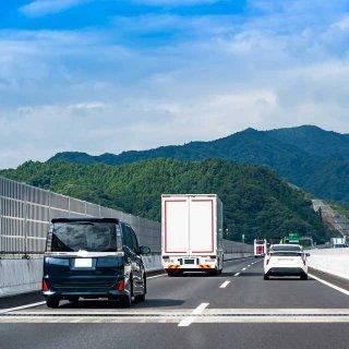 きっかけは何?あおり運転をされやすい車の特徴と対処法を専門家が解説!