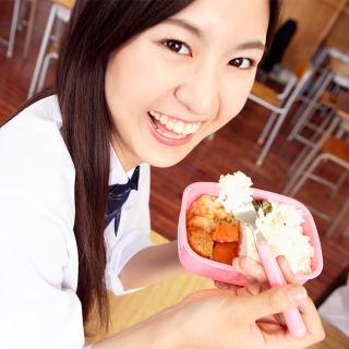 昼食をガッツリ食べ、夕食を減らすのはダイエットになるのか?