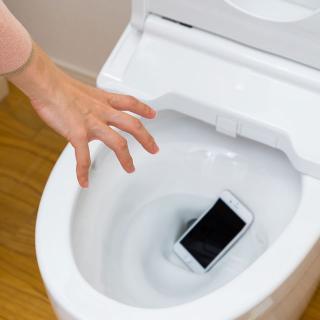 水まわりのプロを直撃!実録!!トイレを詰まらせた意外なもの