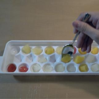 製氷皿で簡単!コロコロフルーツ寒天