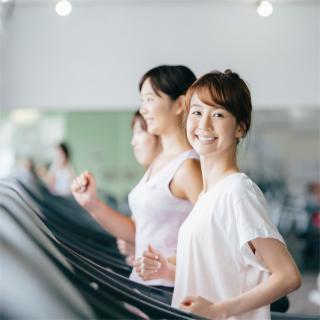 女性が運動ではなく食事制限で痩せようとするのはなぜ?