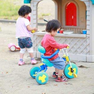 子どもに三輪車は必要?調べたら体幹が鍛えられ自転車デビューに役立つことが判明
