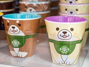 「忠犬もちしば メラミンカップ」など多彩なグッズが販売されている