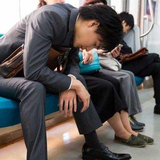 顔面蒼白!電車内で下痢……なんとかする方法はある?