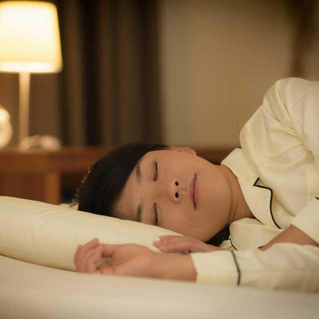 癒し系の音楽を聴けば眠れるってホント?睡眠の専門家に話を聞いた!