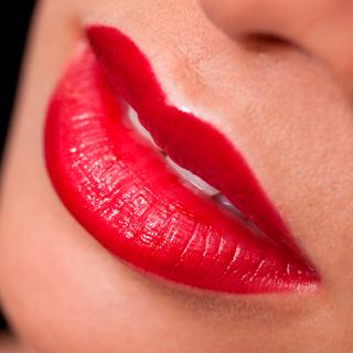 5月23日は「キスの日」。この記念日って、誰がどうやって制定しているの?