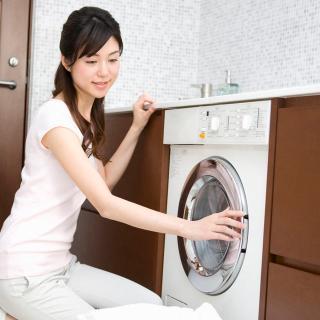 専門家に聞いてみた!梅雨の時期に洗濯物を早く乾かす裏ワザ