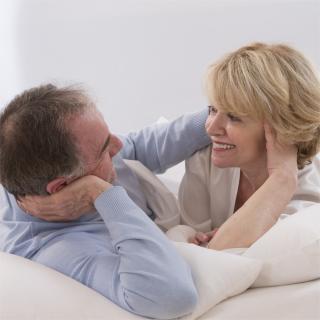 夜の営みは認知症予防に効くってホント?医師の意見は?