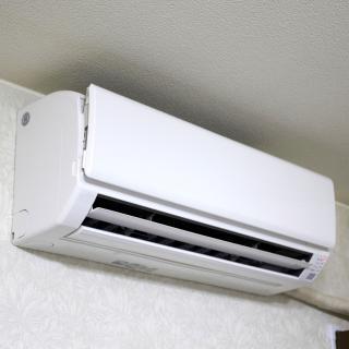 エアコンの水漏れ、原因と対処法を専門家に聞いてみた!