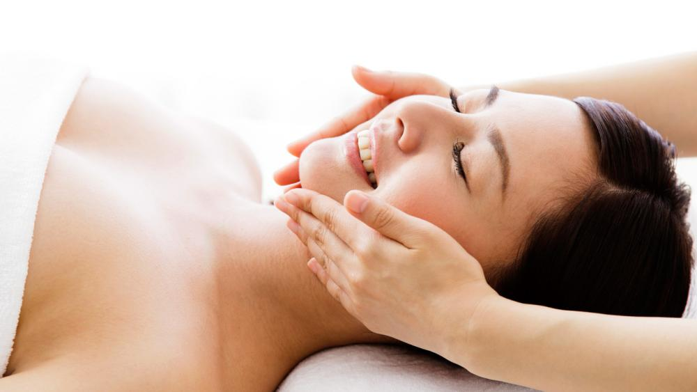Beauty salon treatments foreign tourists  can also enjoy in Japan and beauty trends.