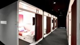 "Tips from Japanese!! Worth-trying ""capsule hotels"""